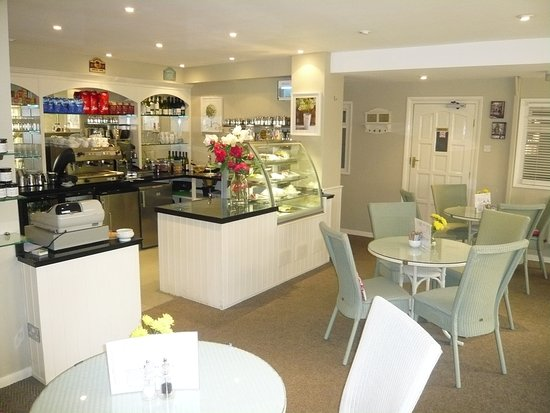 The Lime Tree Cafe Within Forest Moor Garden Centre | Belmont Dene Forest Moor Rd, Knaresborough HG5 8JY | +44 1423 864777