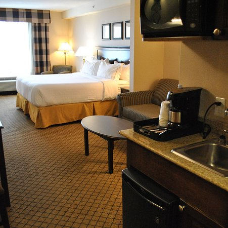Holiday Inn Express Hotel & Suites North Bay