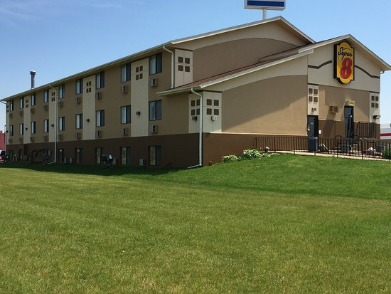 Super 8 Motel Janesville