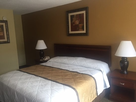Americas Best Inn & Suites Cartersville