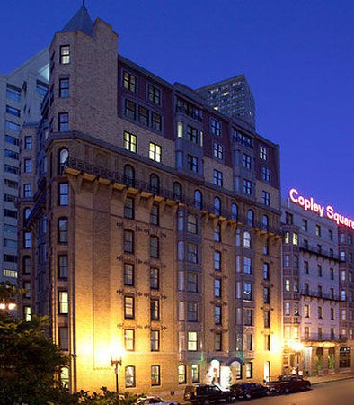 Courtyard By Marriott Boston Copley Square