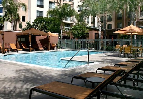 Courtyard by Marriott Los Angeles Burbank Airport