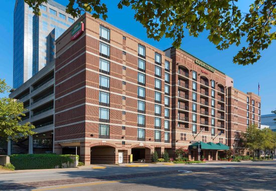 Courtyard By Marriott Louisville Downtown