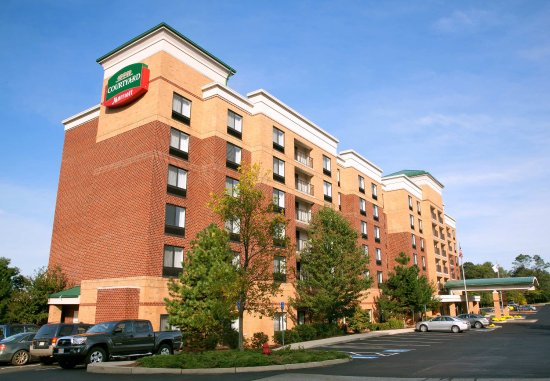 Courtyard By Marriott Woburn Boston North