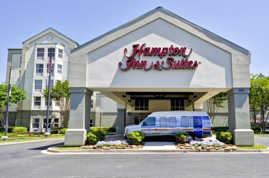 Hampton Inn & Suites Memphis-Shady Grove Road