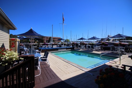 Constitution Marina's Bed & Breakfast Afloat