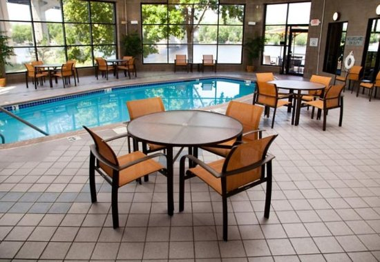Courtyard by Marriott La Crosse Downtown / Mississippi Riverfront