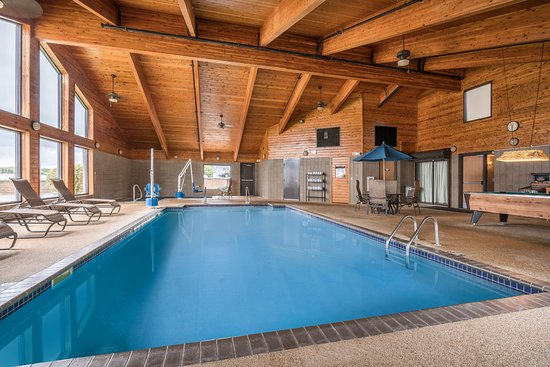 AmericInn Lodge & Suites Detroit Lakes