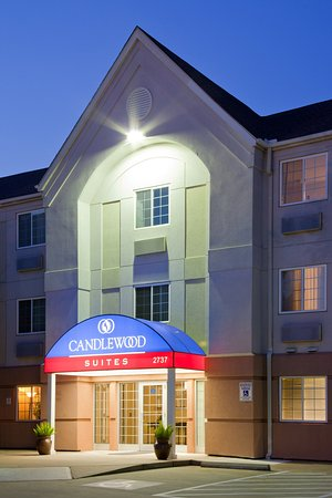 Candlewood Suites Houston - Clear Lake Hotel