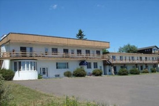 Cape Superior Inn