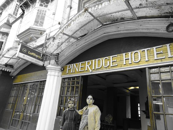 Pineridge Hotel