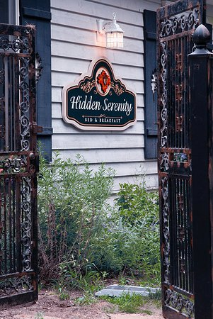 Hidden Serenity Bed & Breakfast