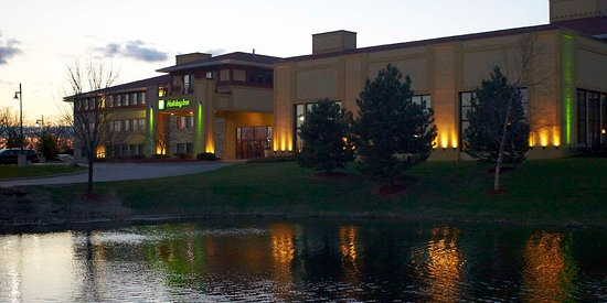 Holiday Inn Pewaukee