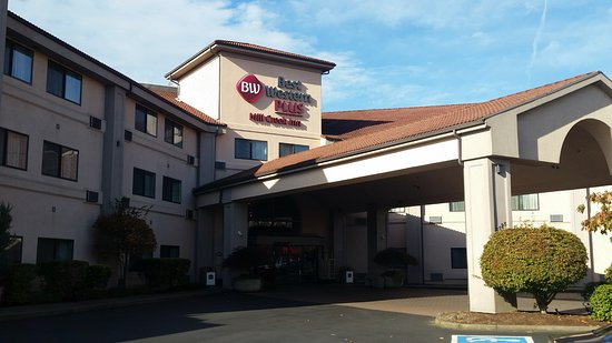 BEST WESTERN PLUS Mill Creek Inn