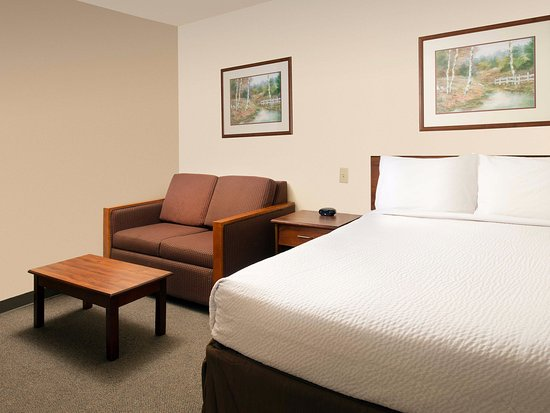 WoodSpring Suites Lakeland
