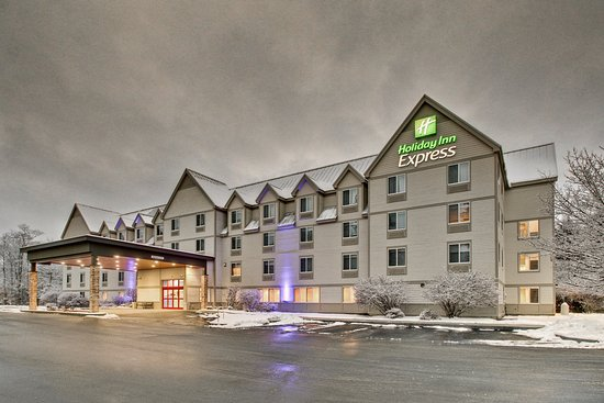 Holiday Inn Express & Suites Lincoln East - White Mountains Photo
