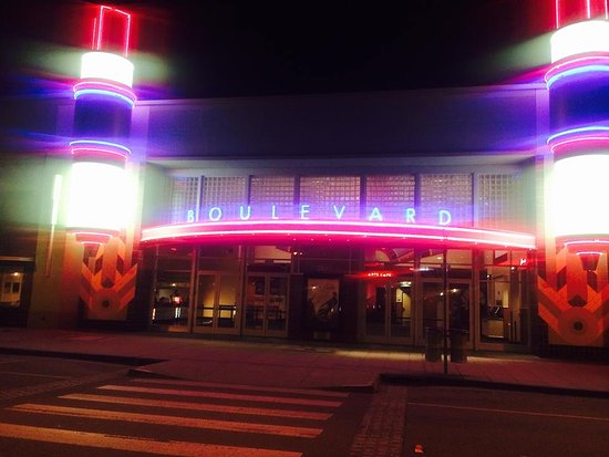 Petaluma movie theatres