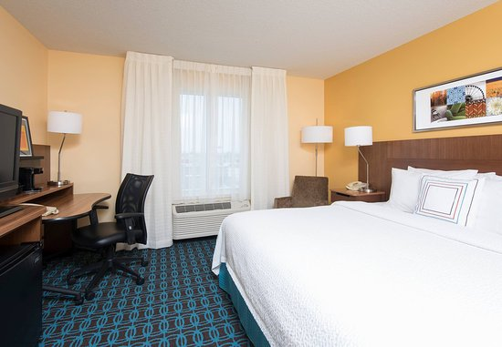 Fairfield Inn & Suites Chicago St. Charles