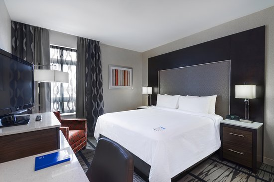 Fairfield Inn & Suites Boston Cambridge Hotel