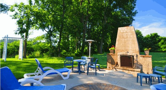 Lazy L at Willow Creek - A Bed and Breakfast Resort