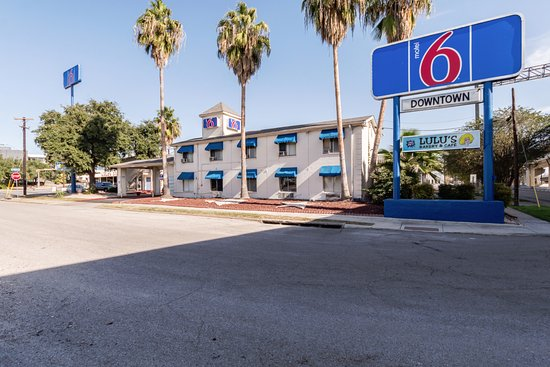 Motel 6 San Antonio Downtown - Riverwalk