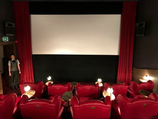 Burlingtons Hip Spot for Film Merrills Roxy Cinema is