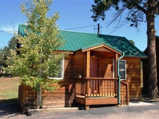 Eagle Fire Lodge & Cabins