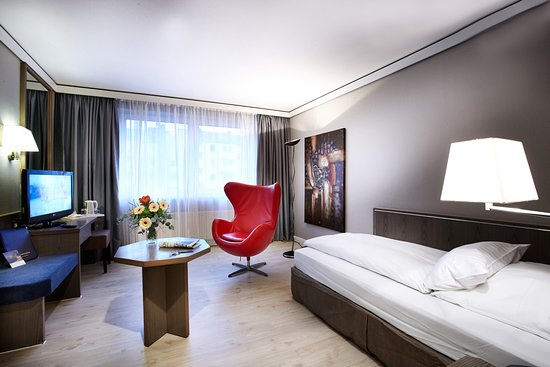 Hotel Duesseldorf City by Tulip Inn