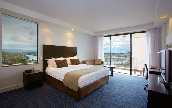 Crowne Plaza Hotel Gold Tower Surfers Paradise