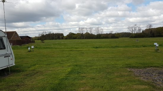 20170418_104421_large jpg picture of the hop farm touring camping park paddock wood