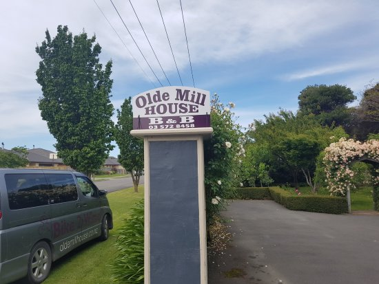 Olde Mill House B & B & Cycle Hire