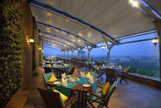 Reviews of Silver Leaf Bistro, Thaltej, Ahmedabad
