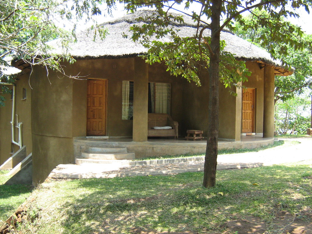 Kara O'Mula Country Lodge