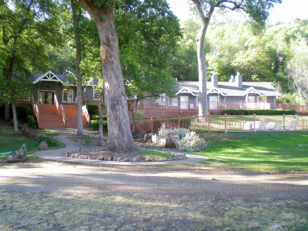 Oasis Springs Flyfishing and Dude Ranch