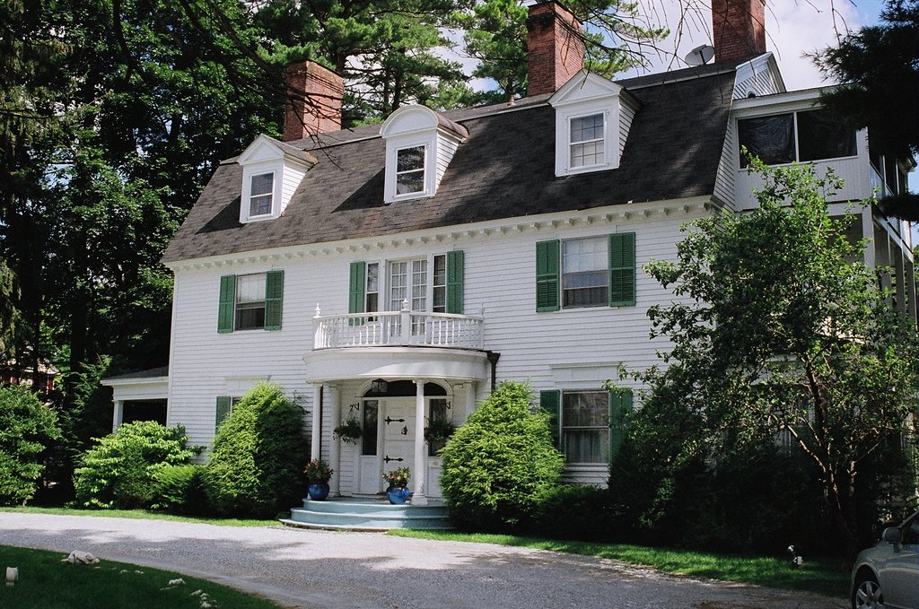 Hampton Terrace Bed and Breakfast Inn