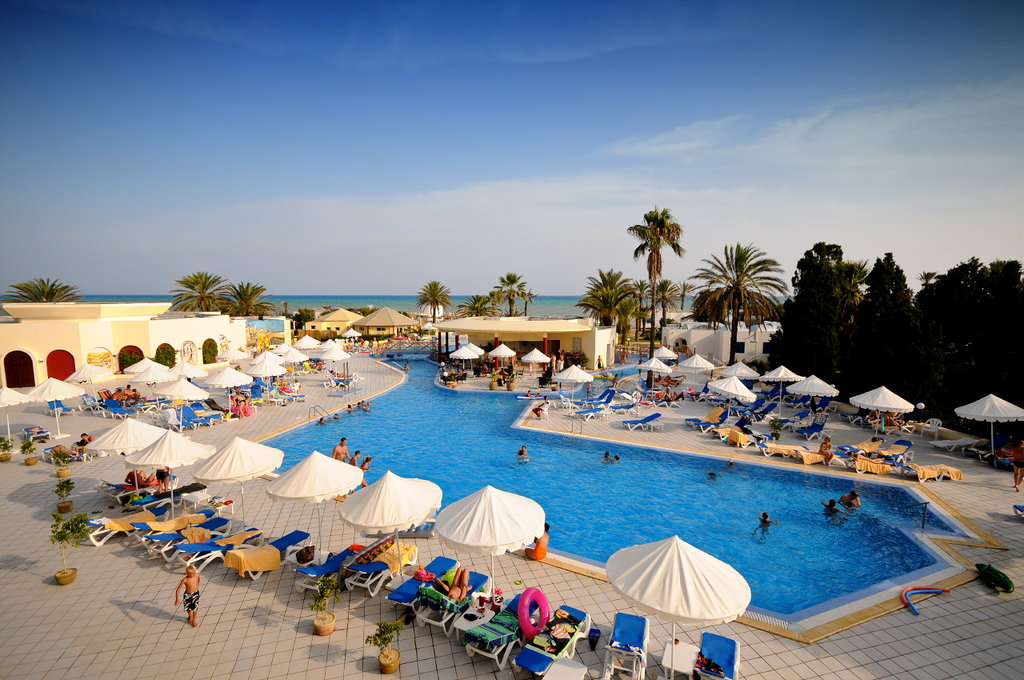 Dessole Royal Lido Resort & Spa