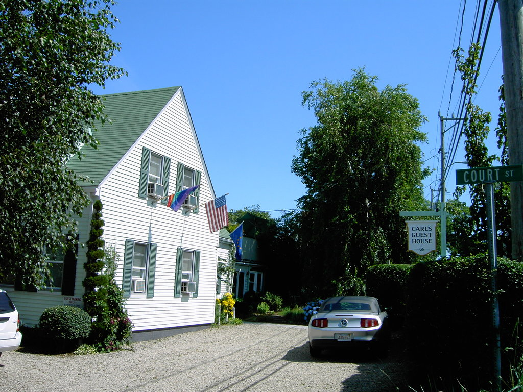 Carl's Guest House
