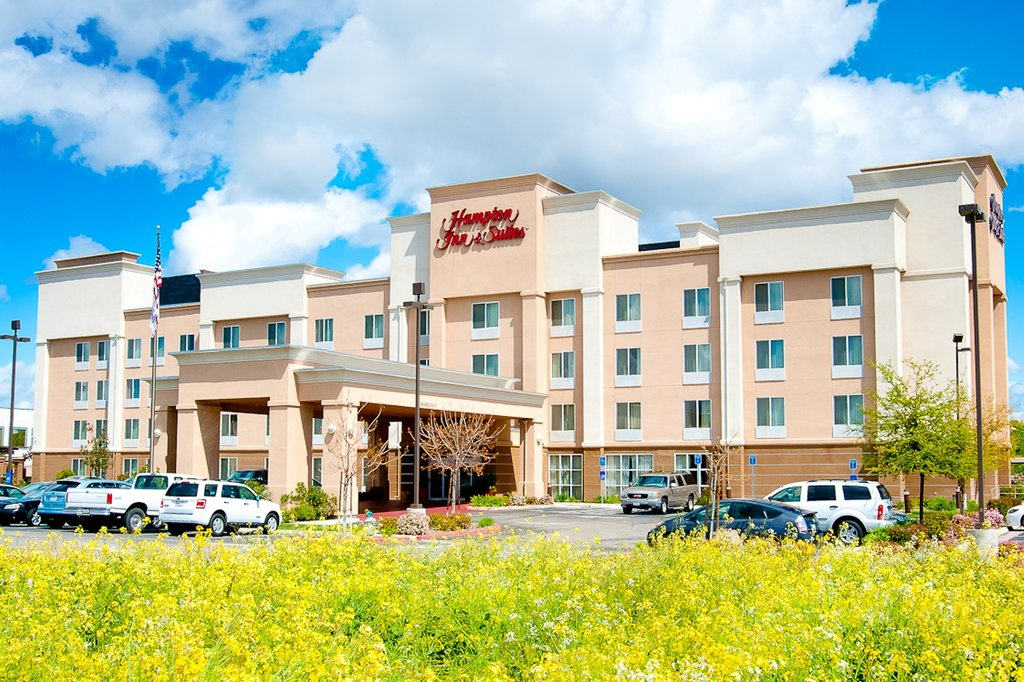 ‪Hampton Inn & Suites Fresno‬