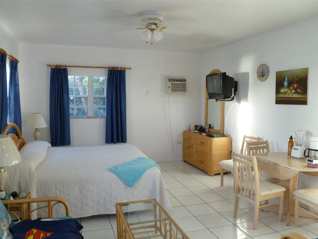 Harbour View Apartments and Studios