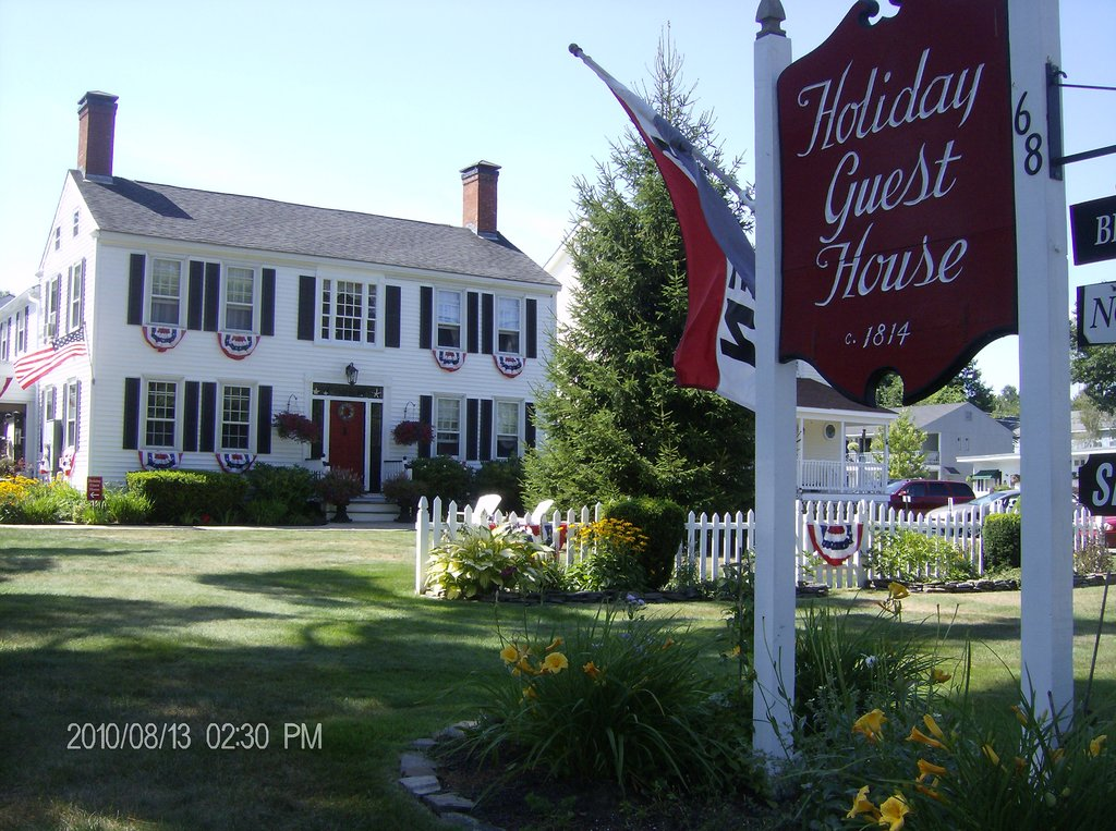 ‪Holiday Guest House Bed & Breakfast‬