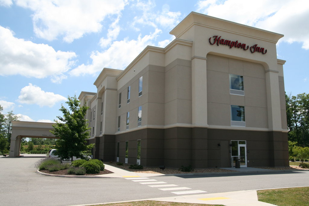 ‪Hampton Inn Gloucester‬