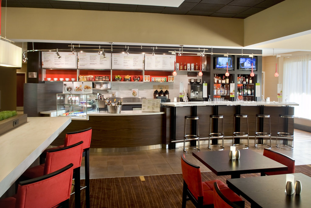 Courtyard by Marriott Lincroft Red Bank