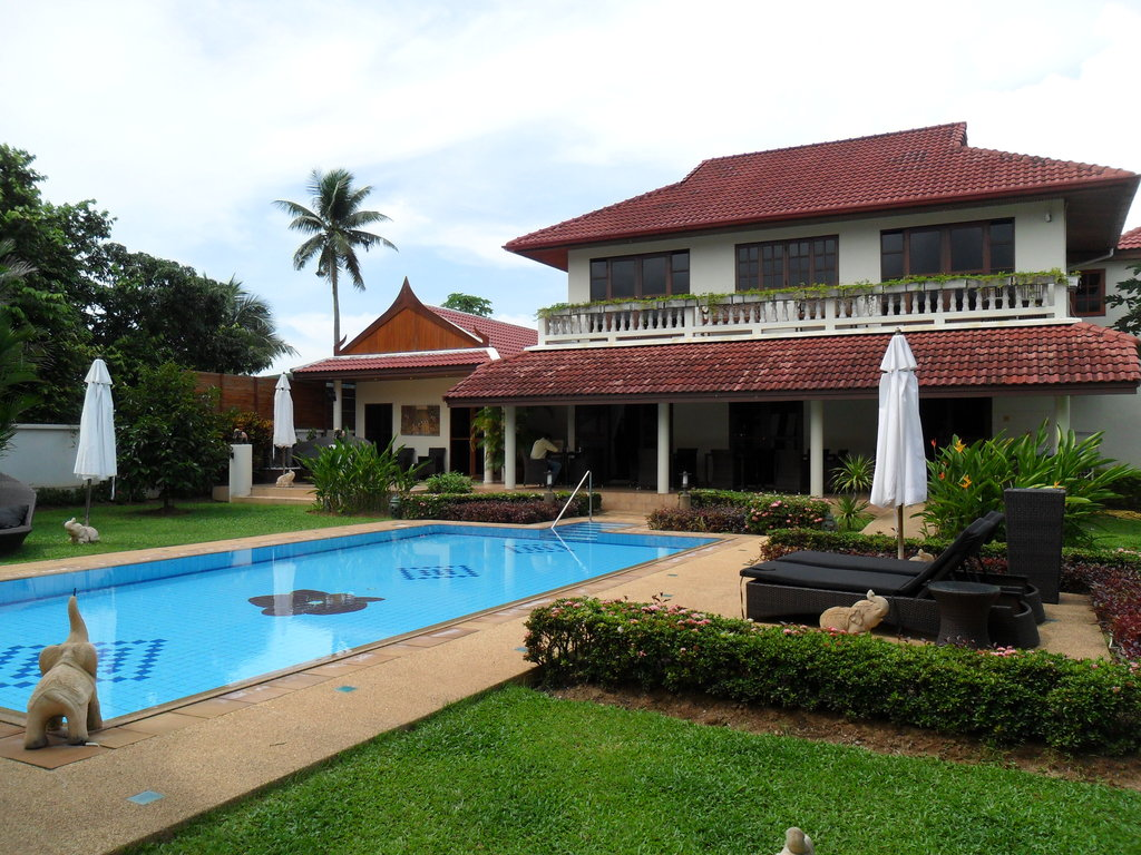 Phuket Baan Chang B&B