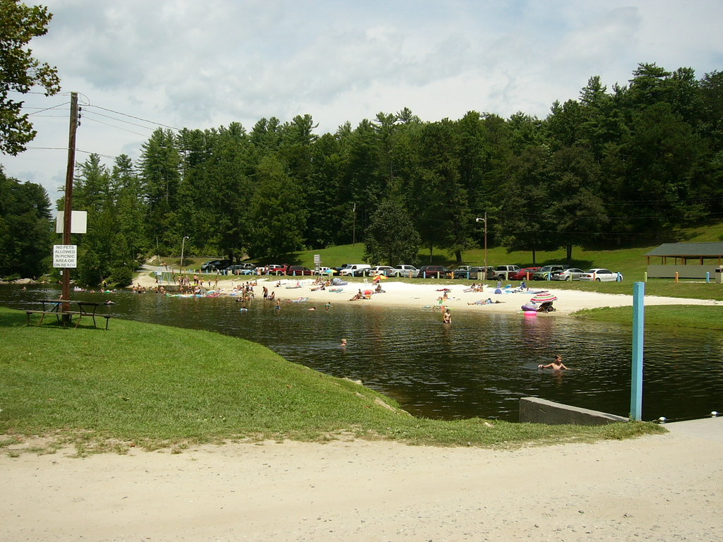 Steele Creek Park and Family Campground