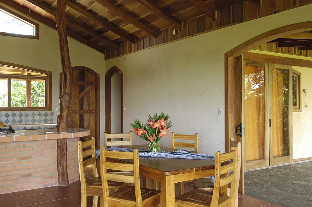 Mystica Lodge & Retreats