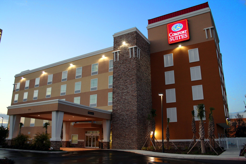 Comfort Suites at Fairground