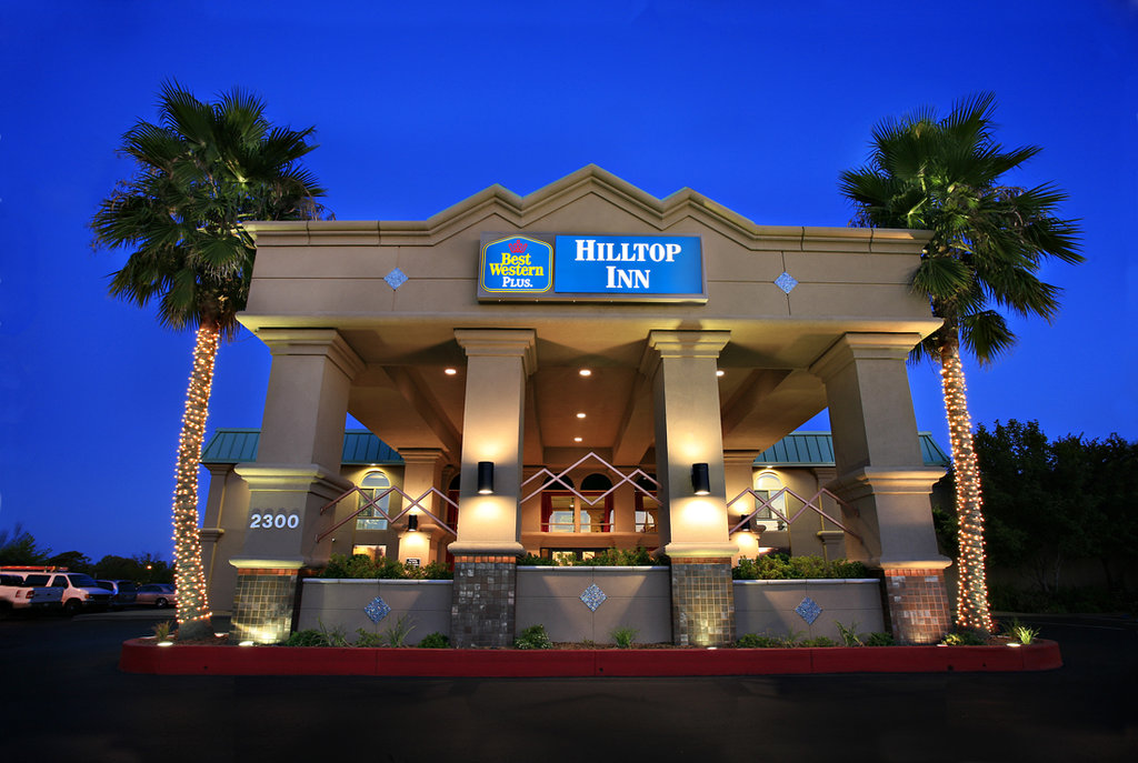 ‪BEST WESTERN PLUS Hilltop Inn‬