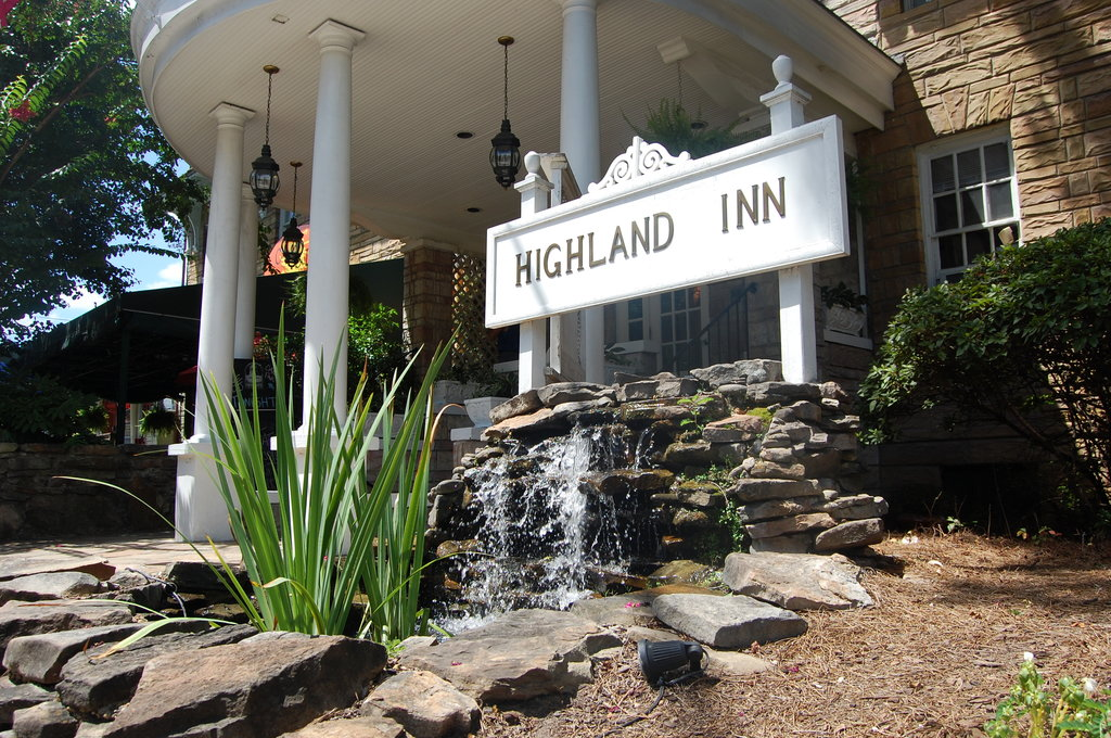 ‪The Highland Inn‬