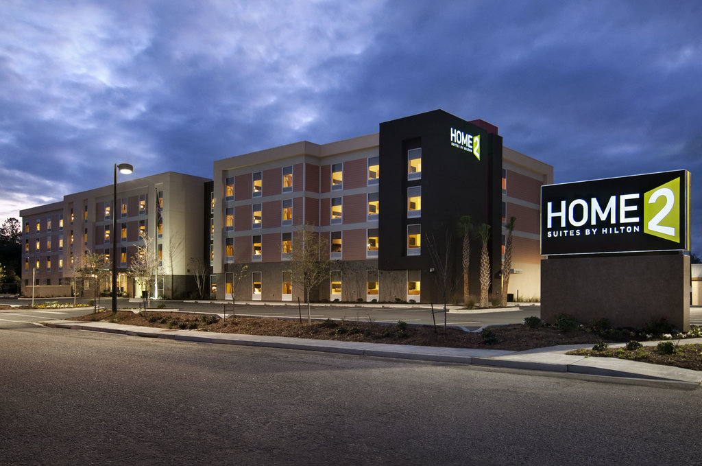 ‪Home2 Suites Charleston Airport / Convention Center‬