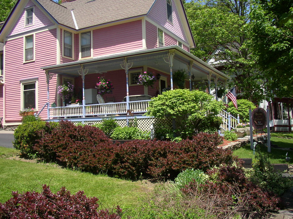 Rose & Thistle Bed & Breakfast
